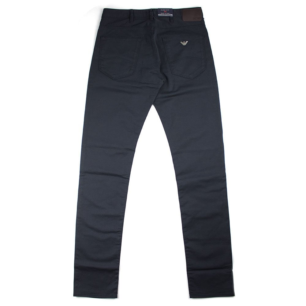b362bcb0 J06 Slim Fit Navy